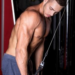 Cviky na triceps pro zvýšení objemu paží