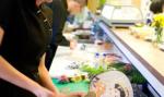 Otevření sushi v Delfínu